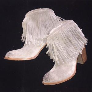 Frye Ilana Fringe Short boot western booties boho